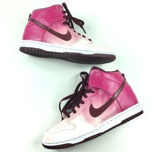 sports shoes a2591 31bd1 Nike · Pink Ombré Nike Dunk High Sneakers